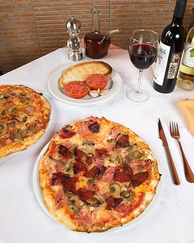 pizza-calzone-abierta-pizzeriaguzzi