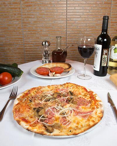 pizza-cuatro-estaciones-pizzeriaguzzi
